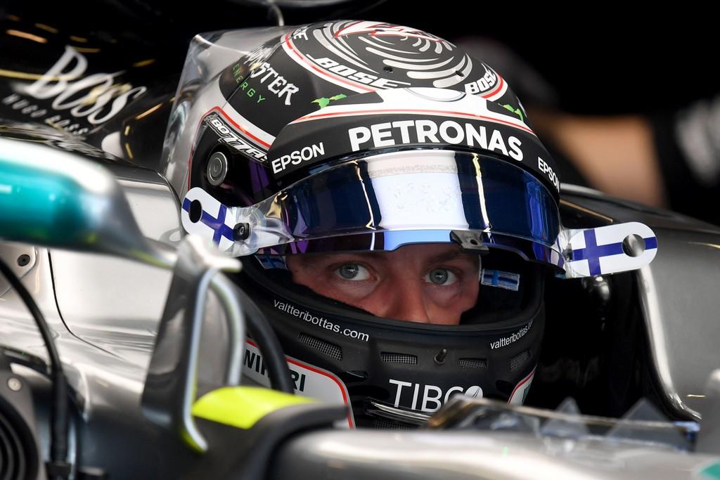 Valtteri Bottas se queda con la última pole del año