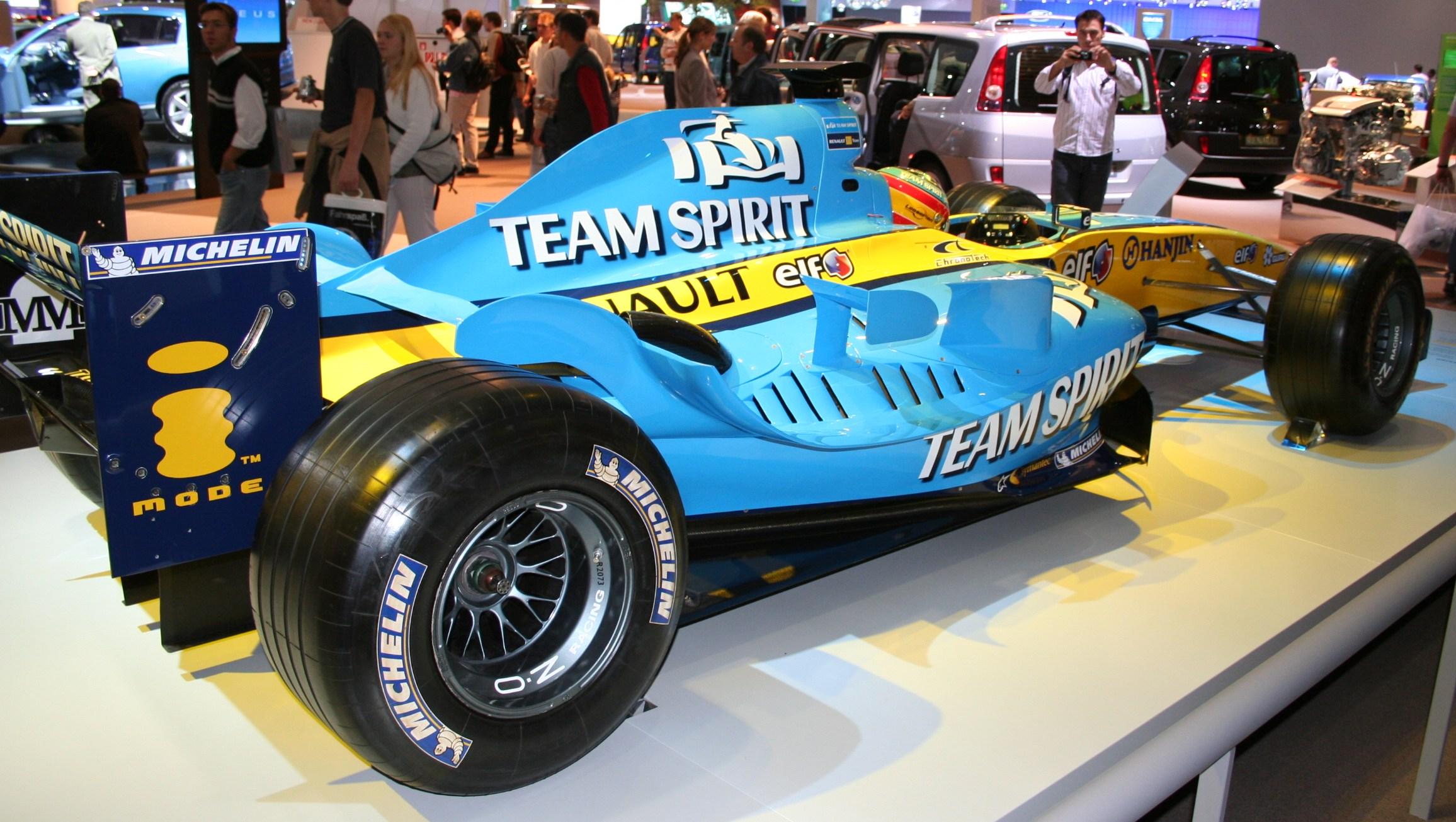 """Michelin podría volver a la Fórmula Uno y promete """"guerra de neumáticos"""""""