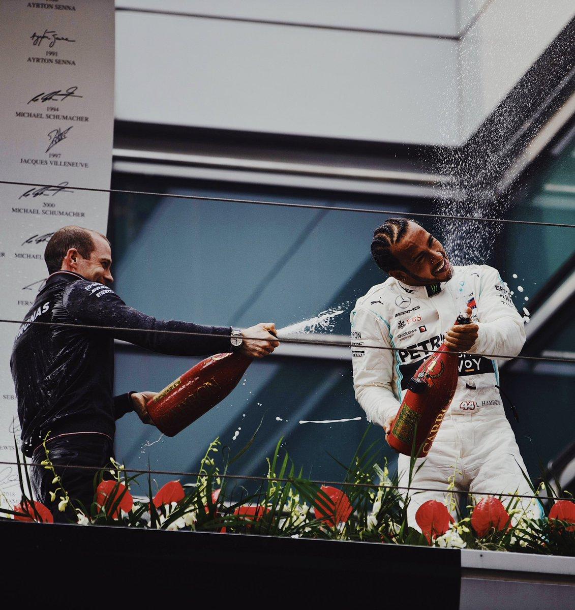 Lewis Hamilton gana en China el Gran Premio N° 1000