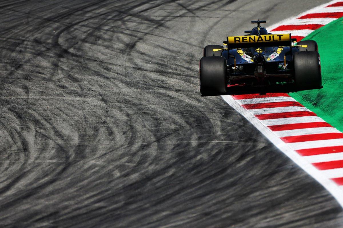 Un Renault agridulce en España, por Elian Roberto.
