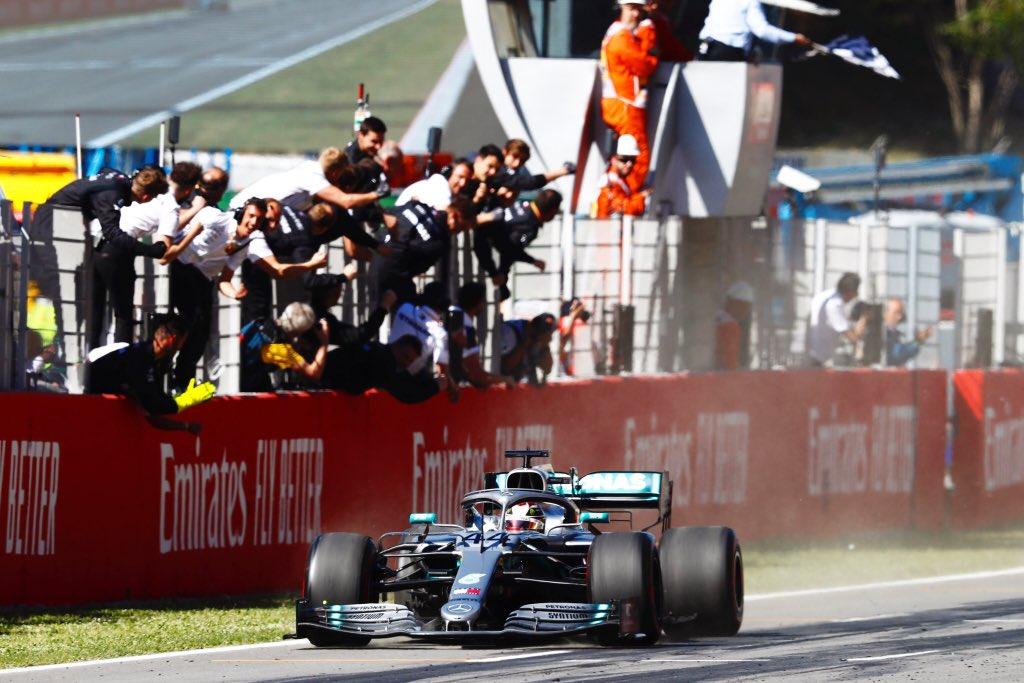 Mercedes imbatible en Barcelona, Lewis Hamilton gana el GP.