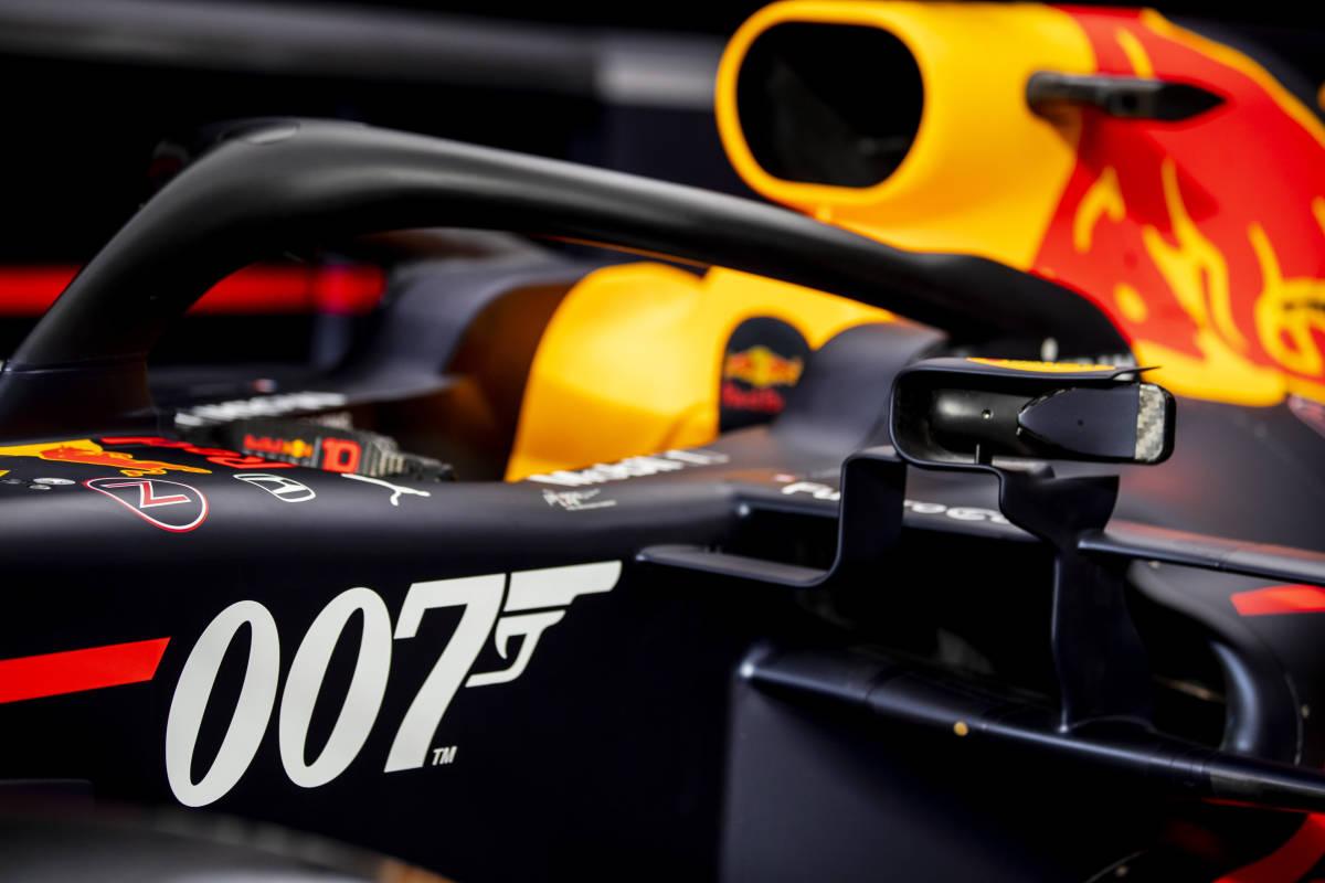 Red Bull se viste de gala y afronta el GP 1,007 como James Bond