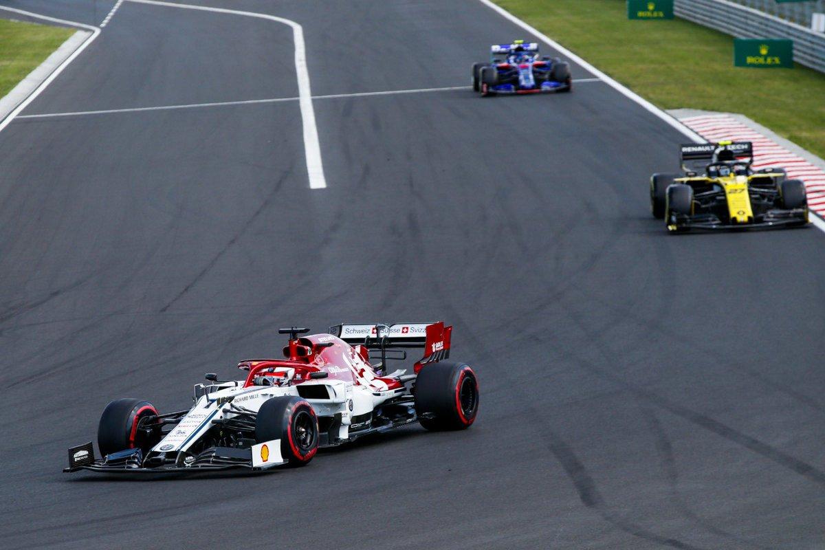 Alfa Romeo vuelve a brillar gracias a Kimi en Hungria.