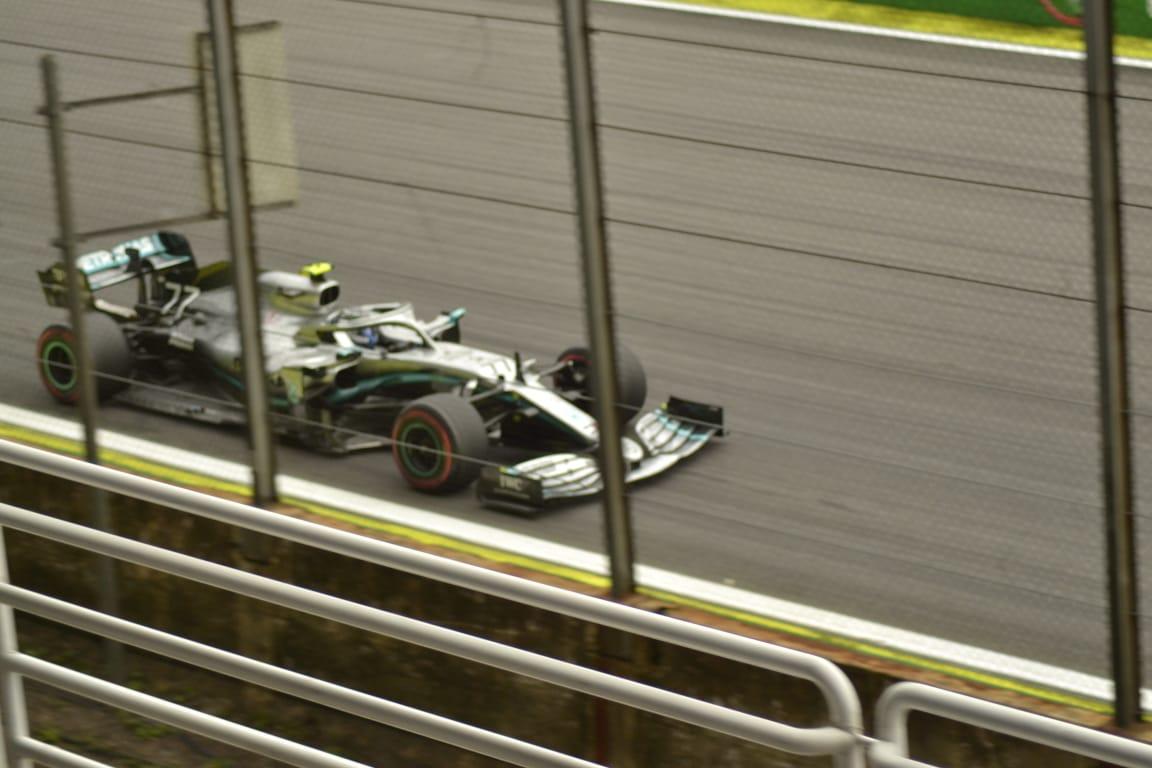 Bottas lamenta no haber terminado el GP de Brasil