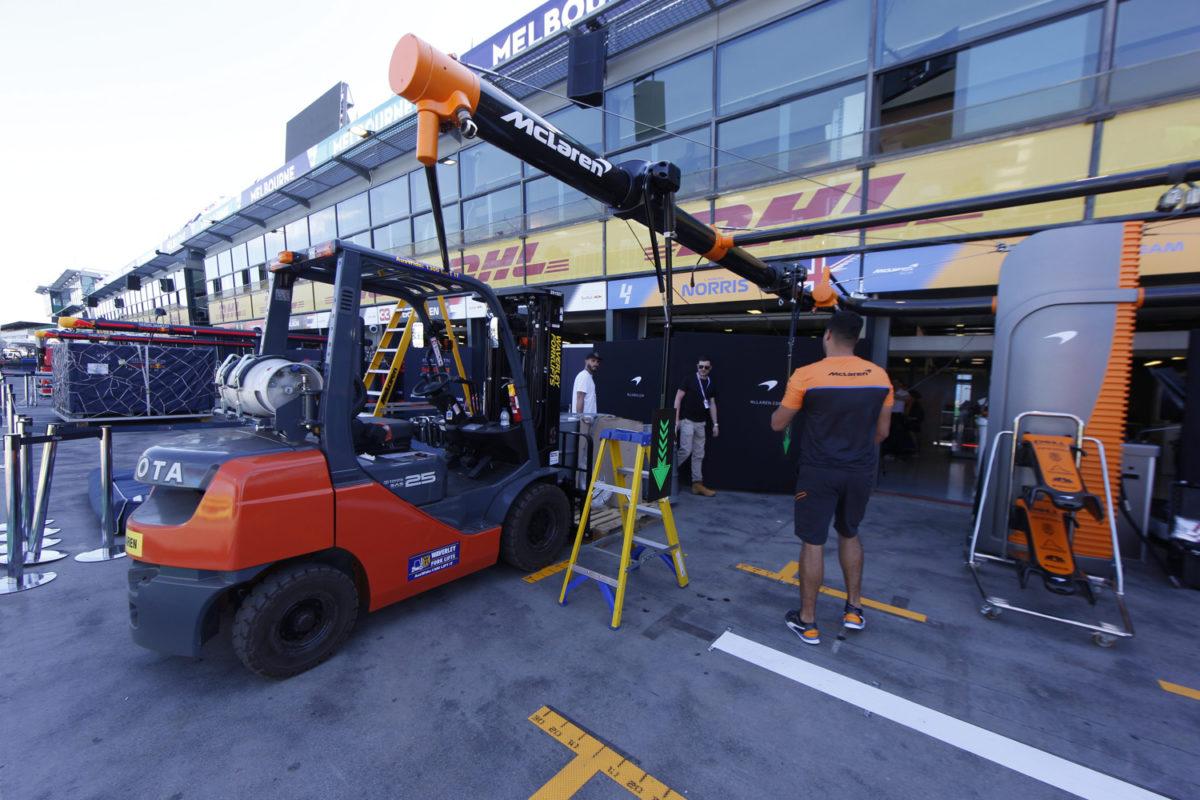 Sin Covid-19 , los miembros de McLaren vuelven a casa