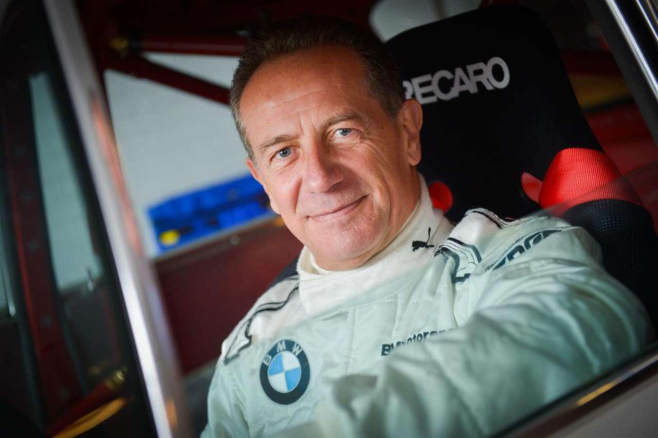 """Johnny Cecotto"""" Con  Ayrton Senna me llevé bien, hasta que fui más veloz que él"""""""