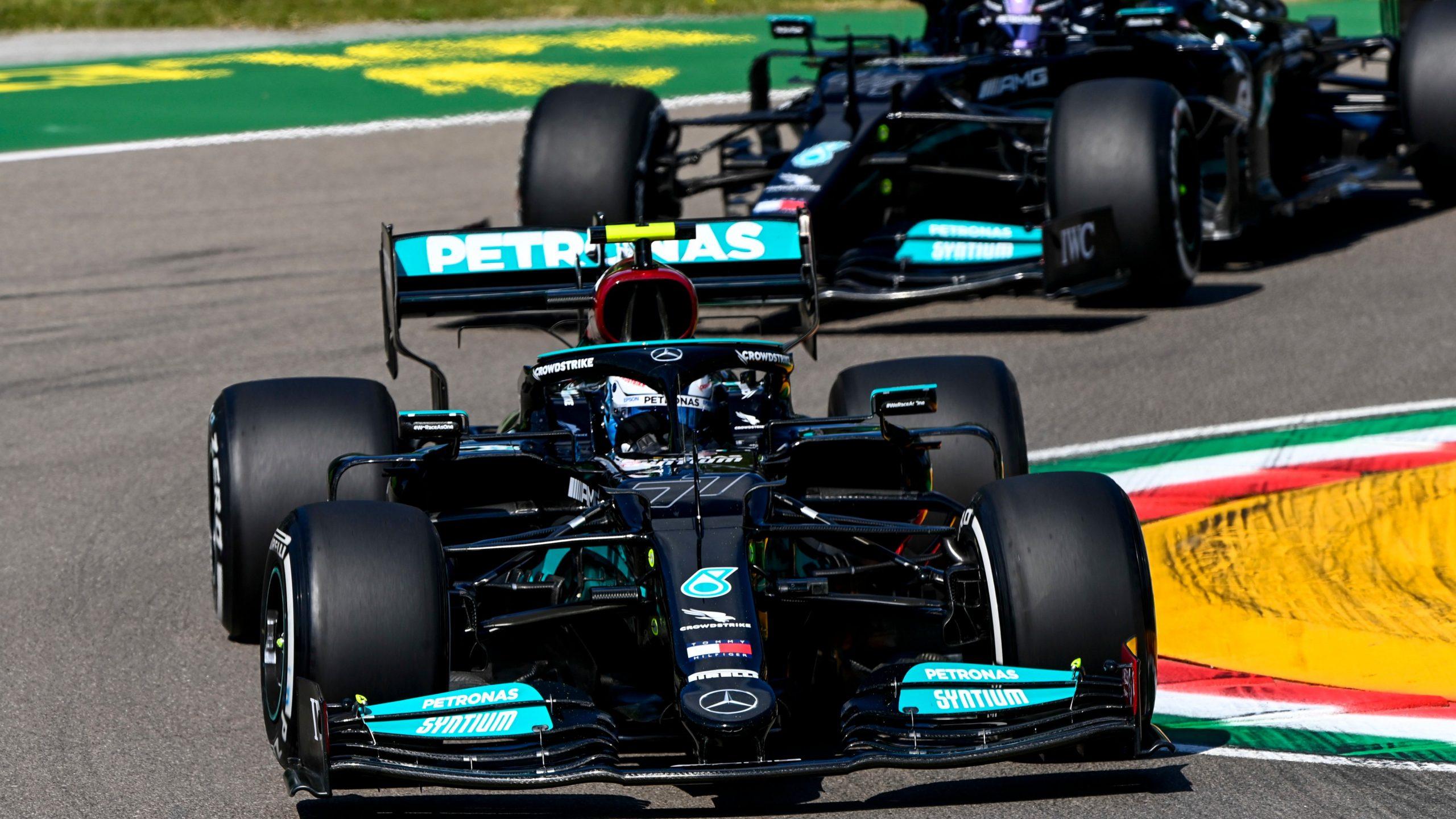 Valtteri Bottas lidera la primera sesión libre en Imola