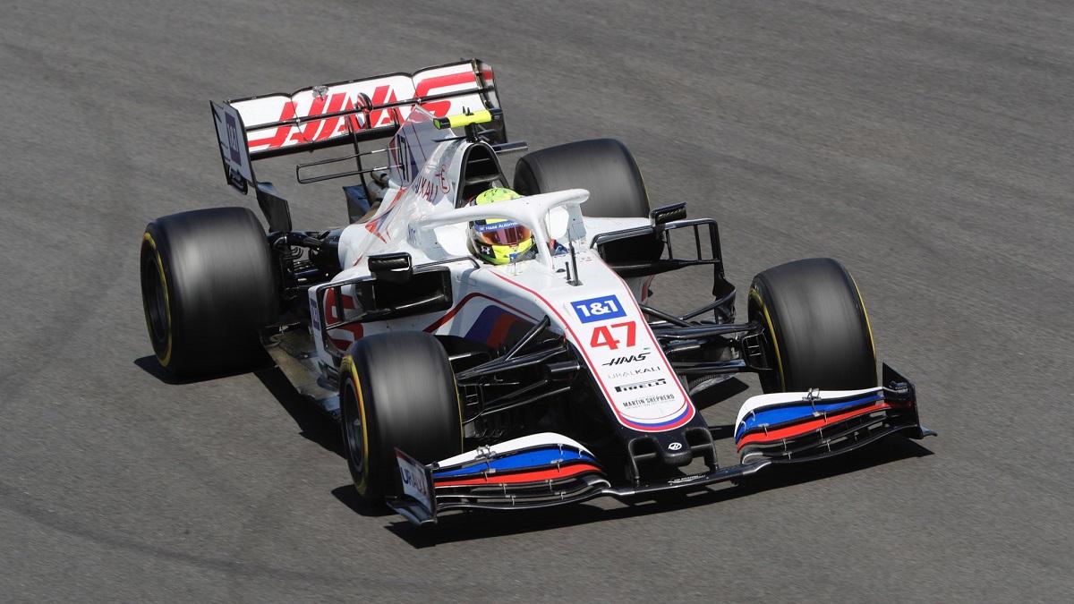Schumacher le alegró el día a Haas