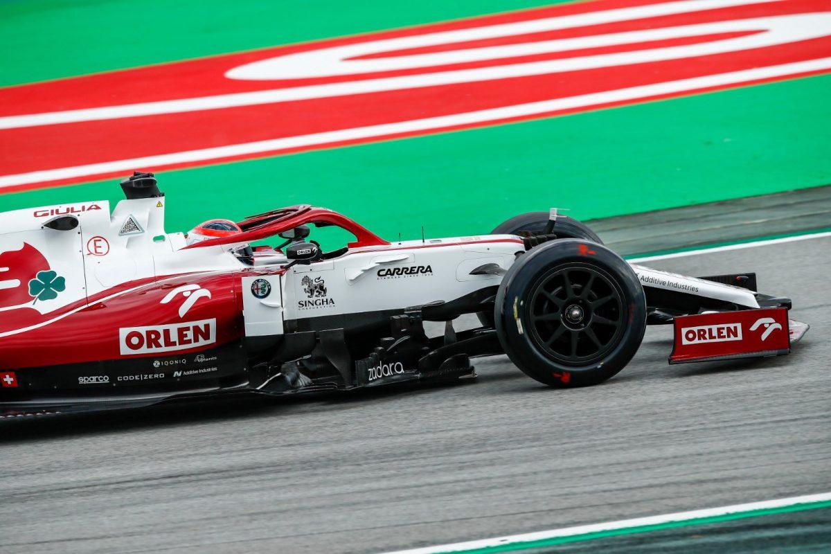 """Pirelli tiene en un 80% el proceso de construcción de los neumáticos 18"""" para 2022"""