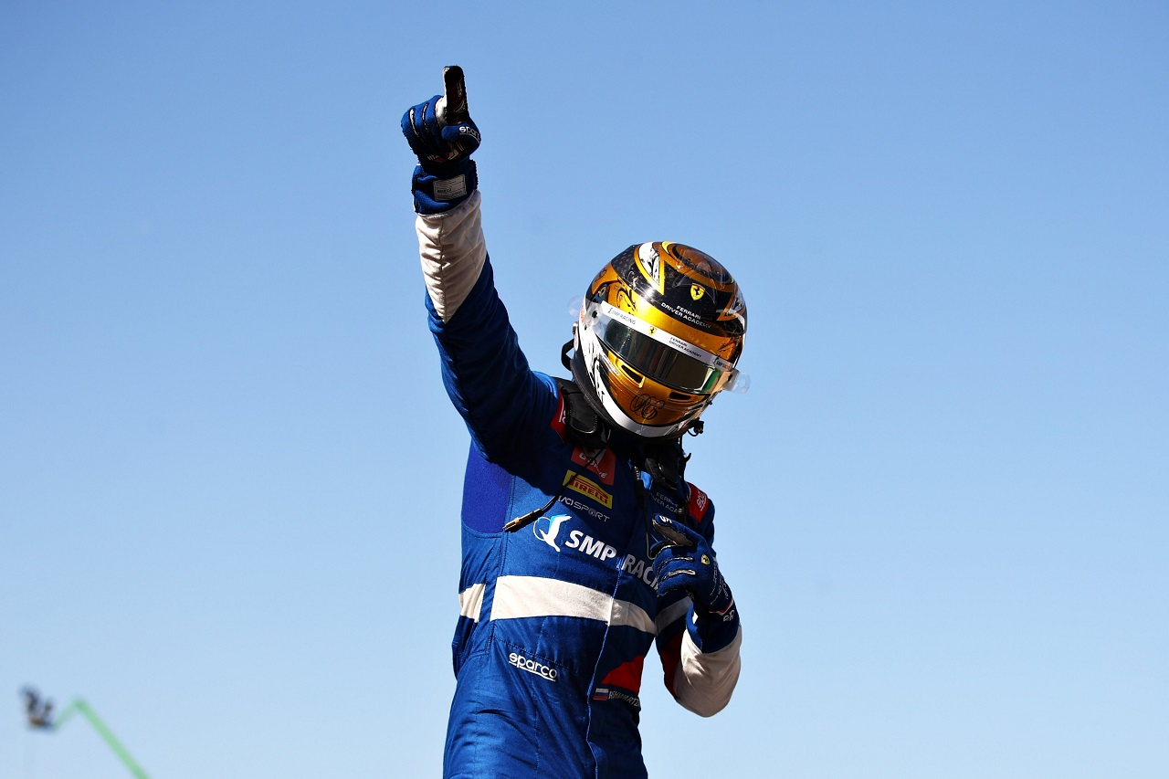 Shwartzman & Verschor se llevaron las carreras Sprint de la F2