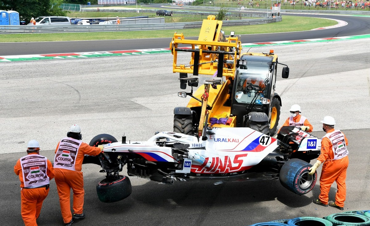Schumacher sin Qualy por accidente en FP3