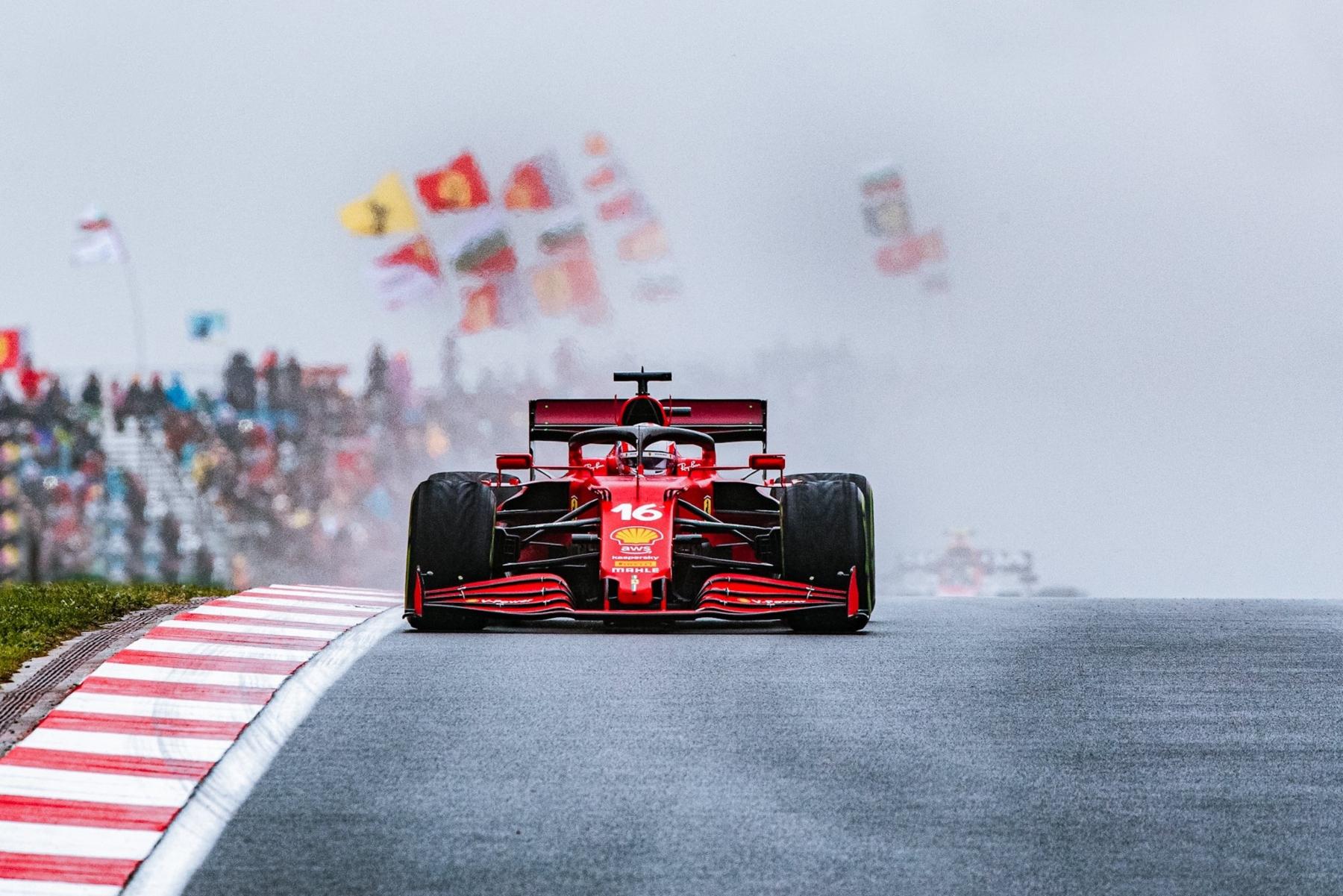 Leclerc deja ir la oportunidad de podio en el GP de Turquía